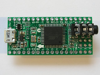 The topside of the AV XMega PDI board (v1b)